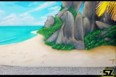 Graffiti-professionnel-fresque-murale-plage-cocotier-ile-paradisiaque-dessin-suoz-customsz-worldwide-Graffiti-france